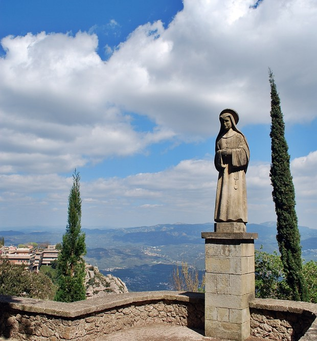 Walking trails Monastery of Montserrat Barcelona