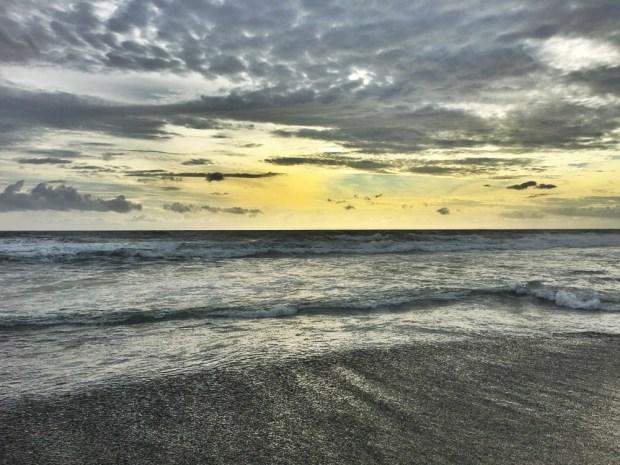 balian-beach-at-sunset-2