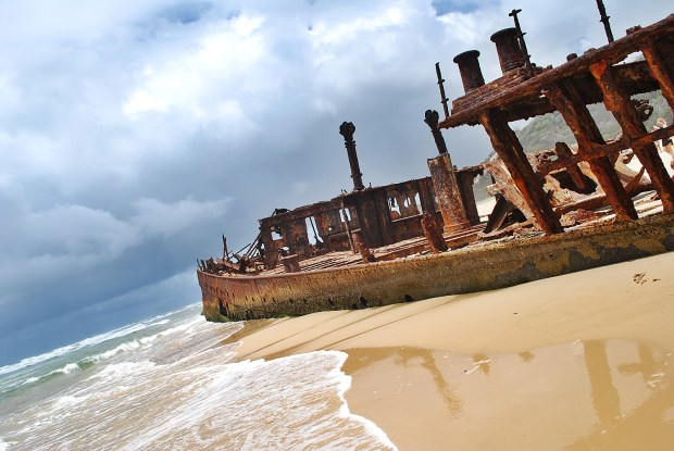 Maheno Shipwreck Fraser Island Waterside JPG