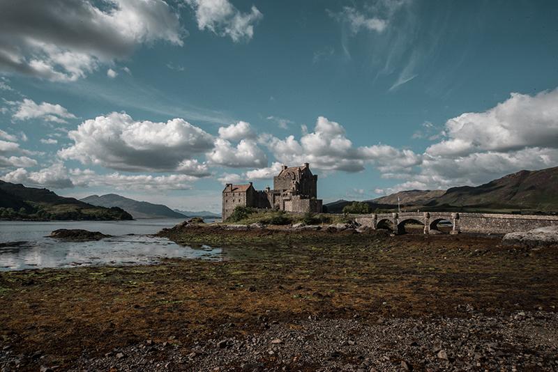 Scottish Highlands - travel Edinburgh to Isle of Skye - Eilean Donan Castle