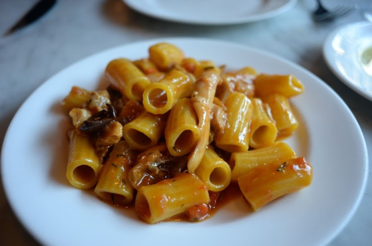 eating in London - Tozi rabbit pasta - travellivelearn.com