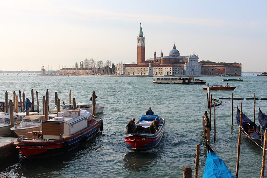 Travel Milan to Venice train and experience the unparalleled scenery that is Italy