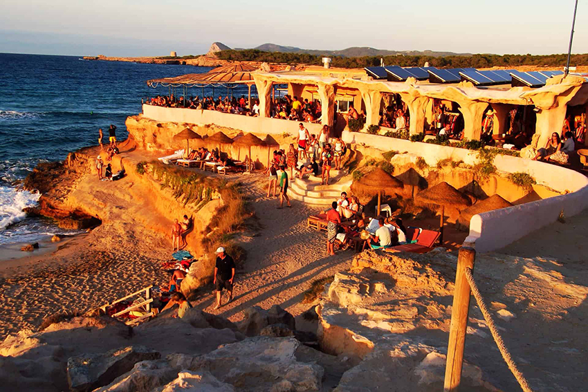 Best beach clubs Ibiza - Sunset Ashram