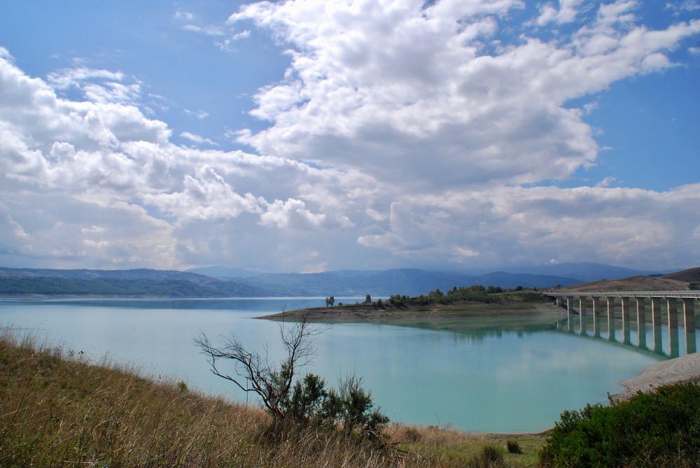 Lago di Monte Cotugno Puglia Italië