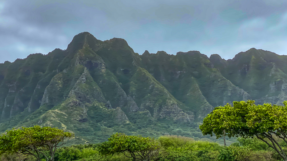 Ko'olau mountains on Oahu