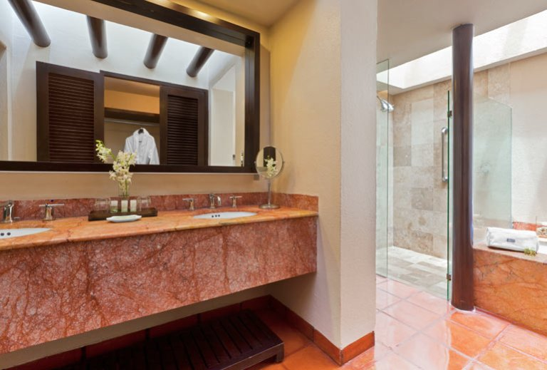 Westin Junior Suite Puerto Vallarta Bathroom