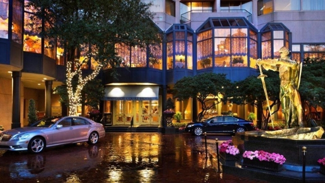 Windsor Court Hotel Luxury Romantic