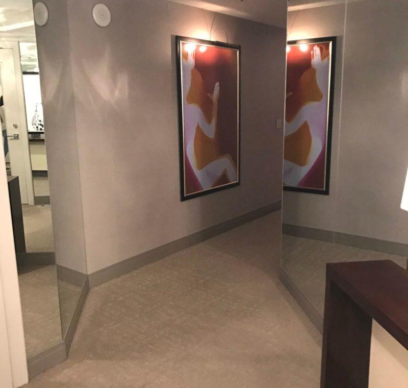 The Cosmopolitan Foyer Suite