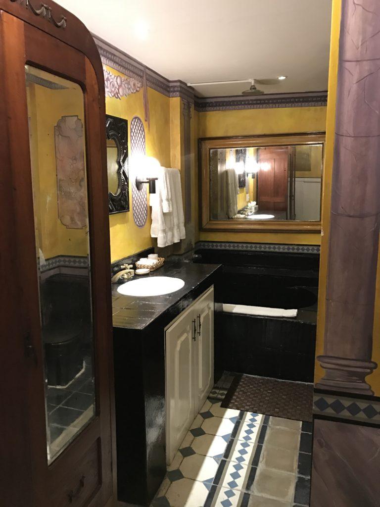 Cortez Bathroom Rivera Del Rio