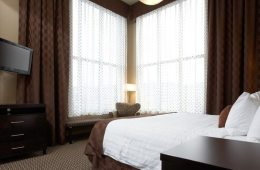 Luxury Suite Kelowna Comfort Suites