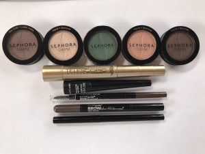 Travel makeup - Sephora single eyeshadow pots