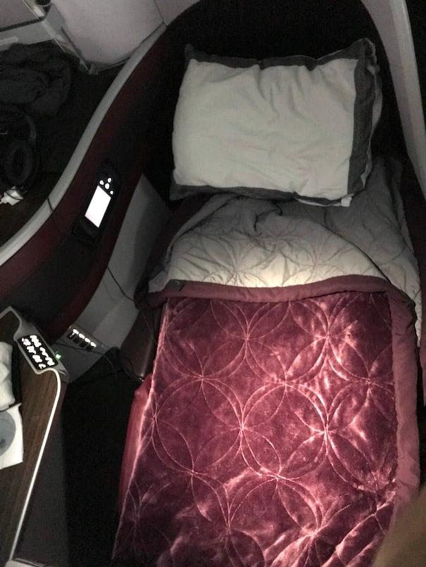 Flat bed on qatar business class flight