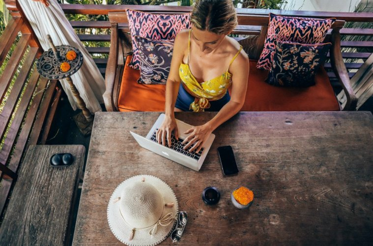 5 Fast Secrets to Become a Successful Travel Blogger