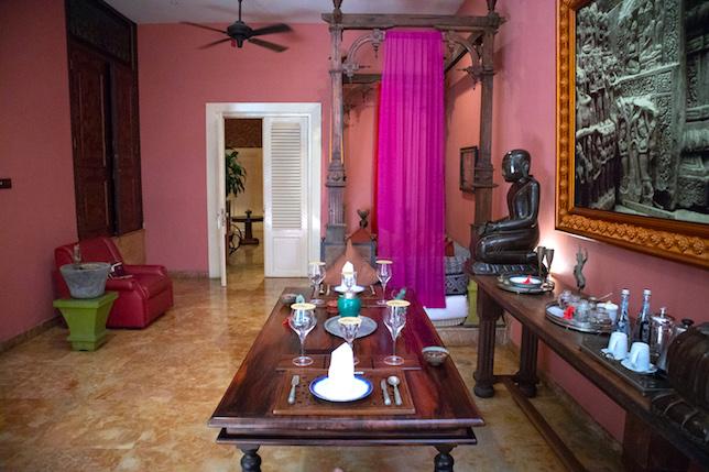 main room in apsara suite tugu malang