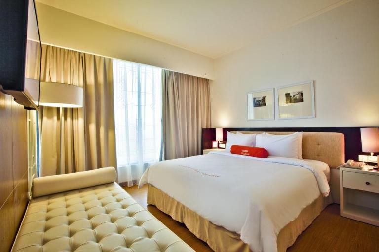 Harris malang hotel king room