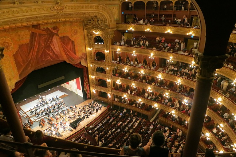 top cultural things to do in buenos aires - see theatre