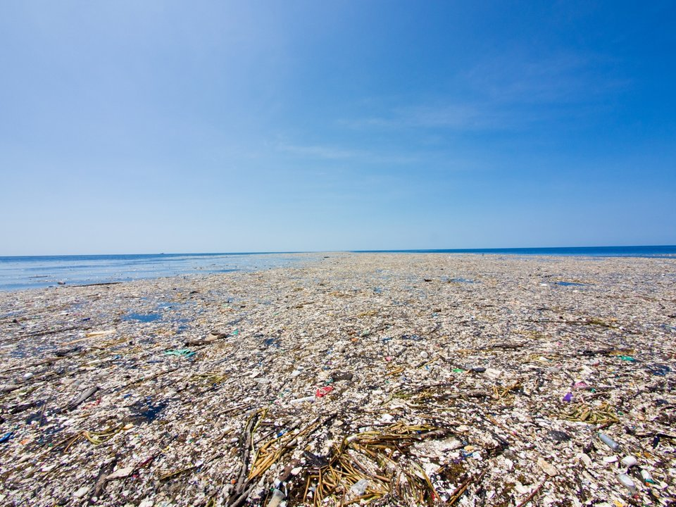 Garbage Patch - How to build a Sustainable Travel Kit