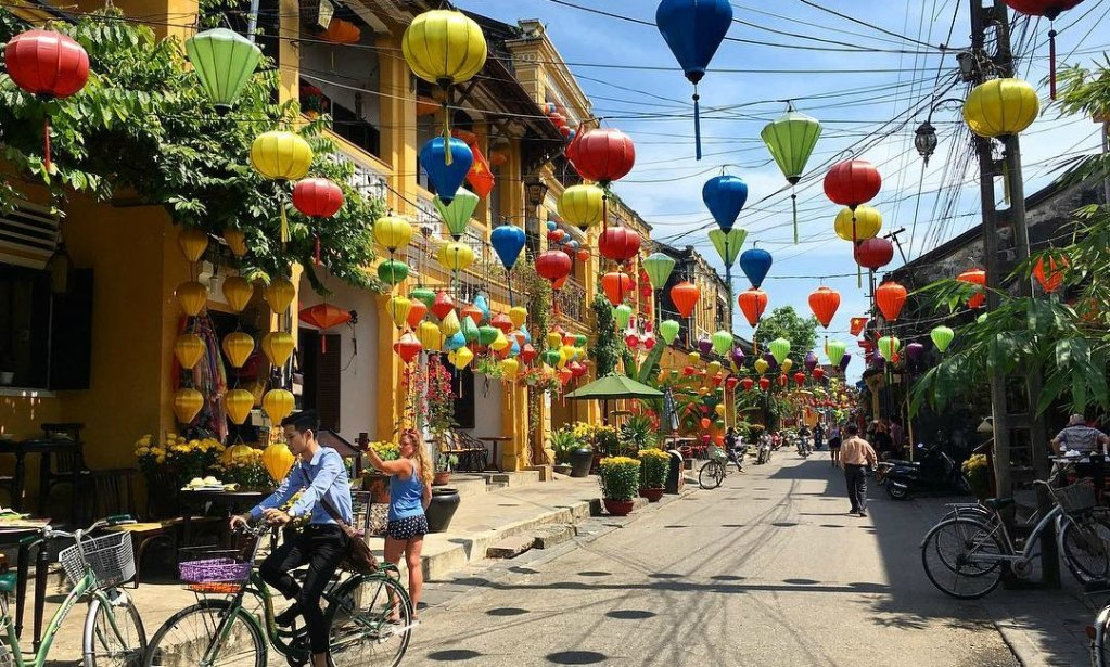 Hoi An Ancient Town Early in The Day