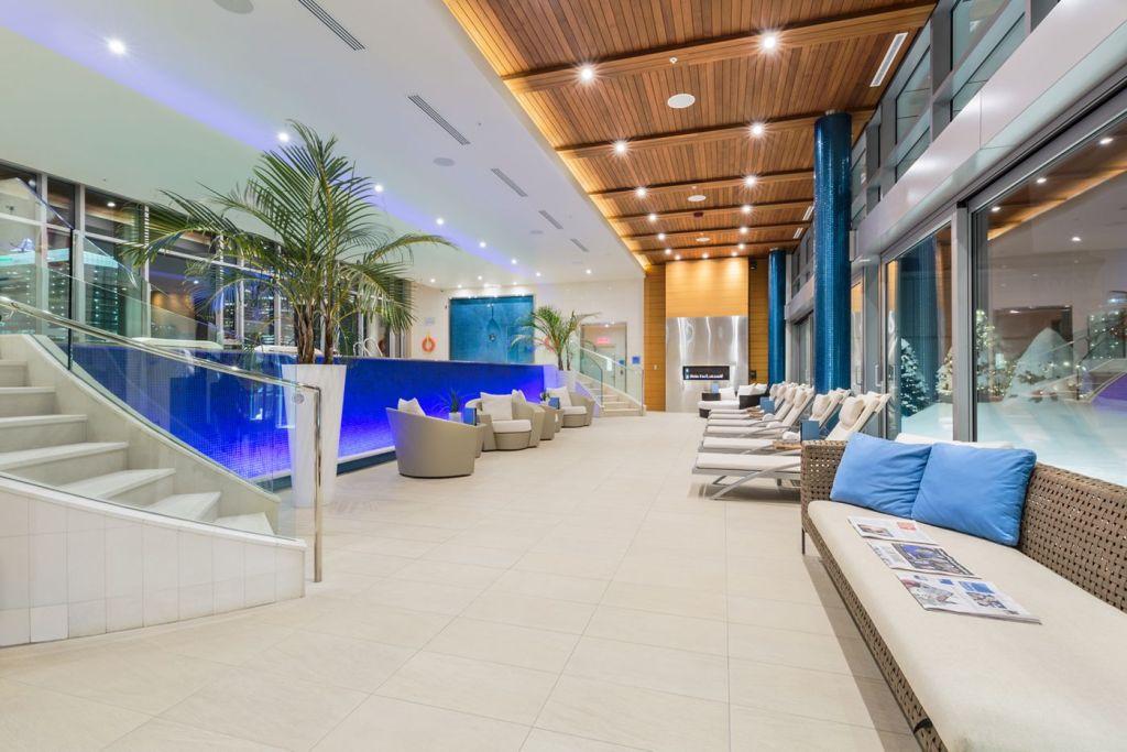 Pool at Ritz Carlton Montreal