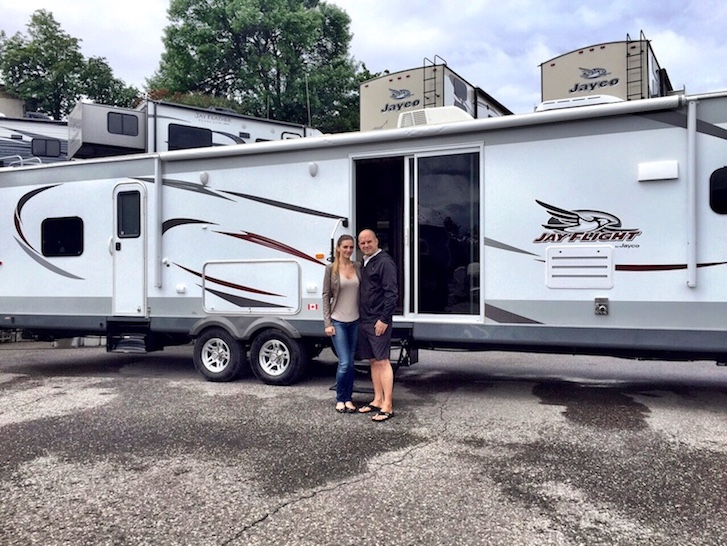 Kashlee and trevor bought Jayco RV in 2015
