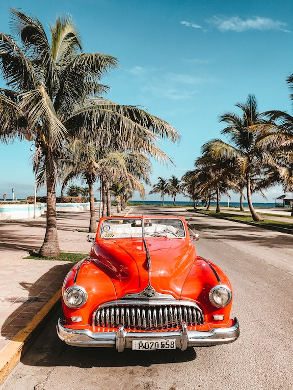 fly direct kelowna to varadero cuba on sunwing