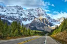 Racist Canadian Tells American To Go Back To Her Own Country in Banff