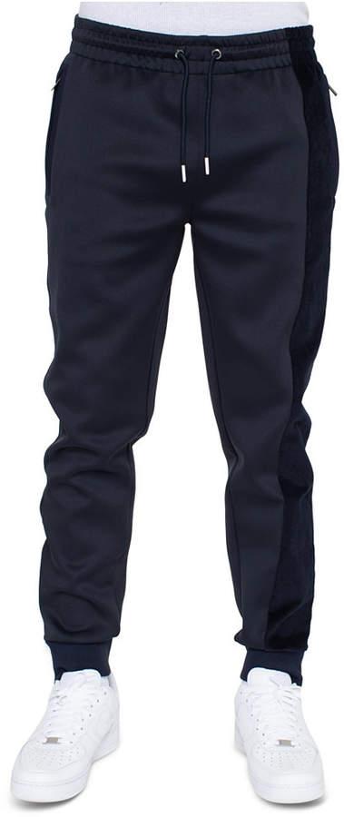 Best pants for men to wear on flights - gift ideas