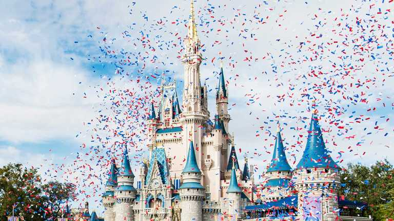 Disney World Nightmare Vacation - Family Finds 'Used Condom' In Bed