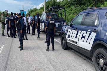 A tourist from Spain was taken hostage this Sunday during an assault on a passenger public transport van between Cancun and Playa del Carmen, Quintana Roo, and was subsequently released.