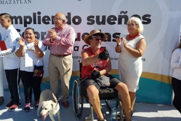 Calgary Man Arrives In Mazatlán After Traveling 5200 KM By Wheelchair to Raise Awareness
