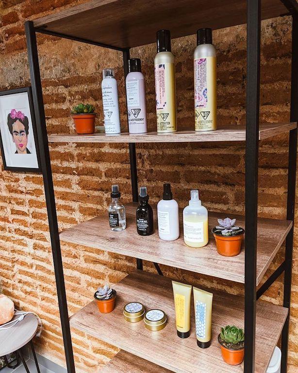 Frida house of hair in Mazatlan used Davines products