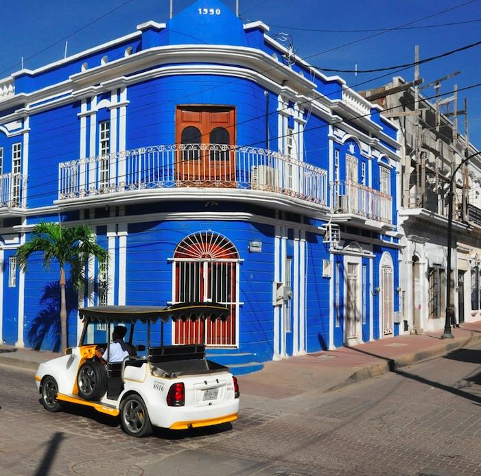 pulmonia in downtown mazatlan centro