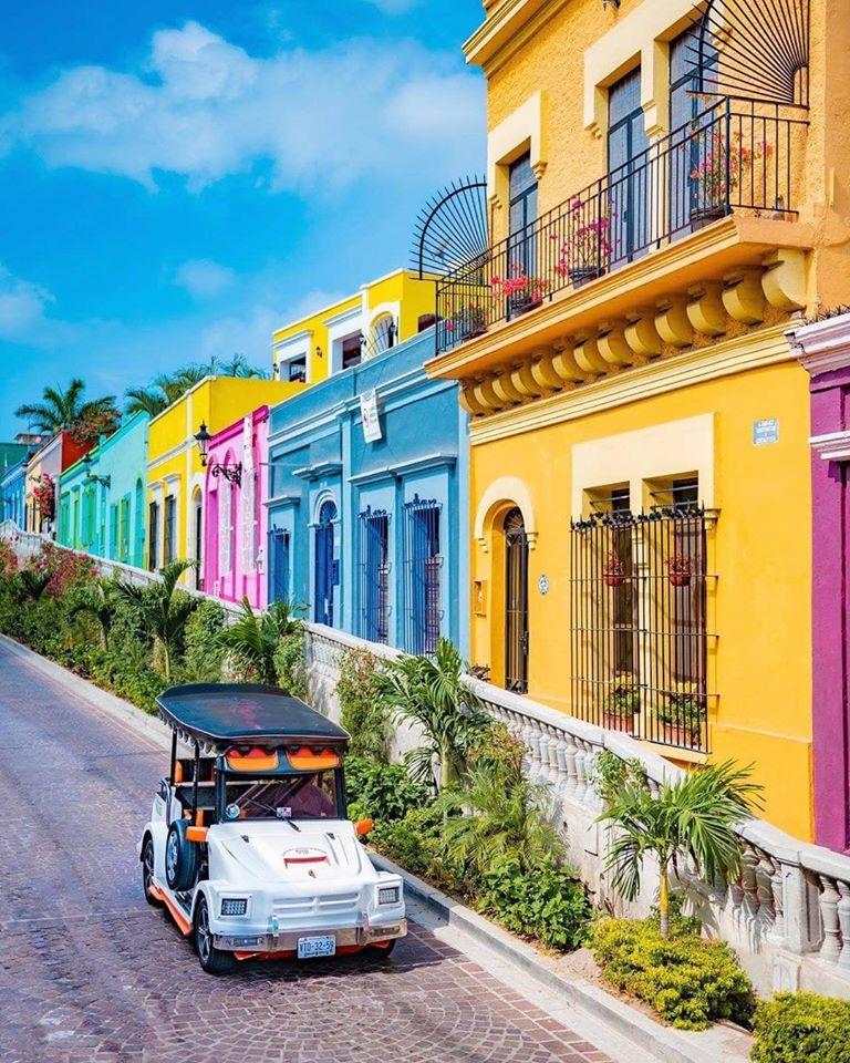 Instagram street - cruise port day in mazatlan