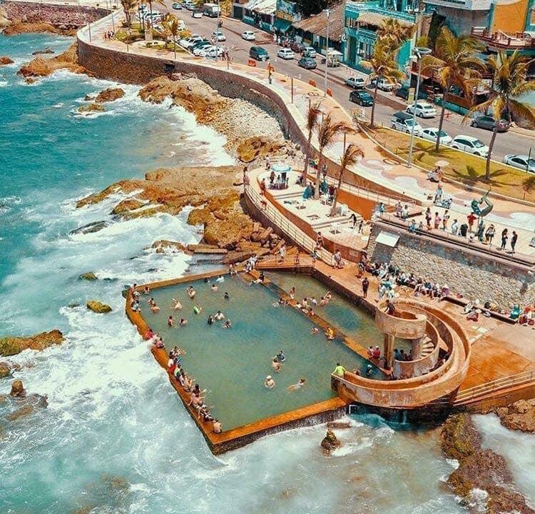 cruise stop mazatlan - see the pool in the sea