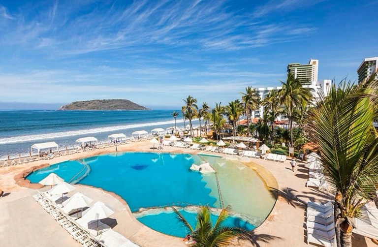costa de oro mazatlan pool day pass