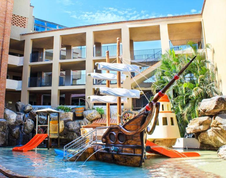 kids pool at hotel playa mazatlan