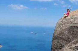 tourist risks life