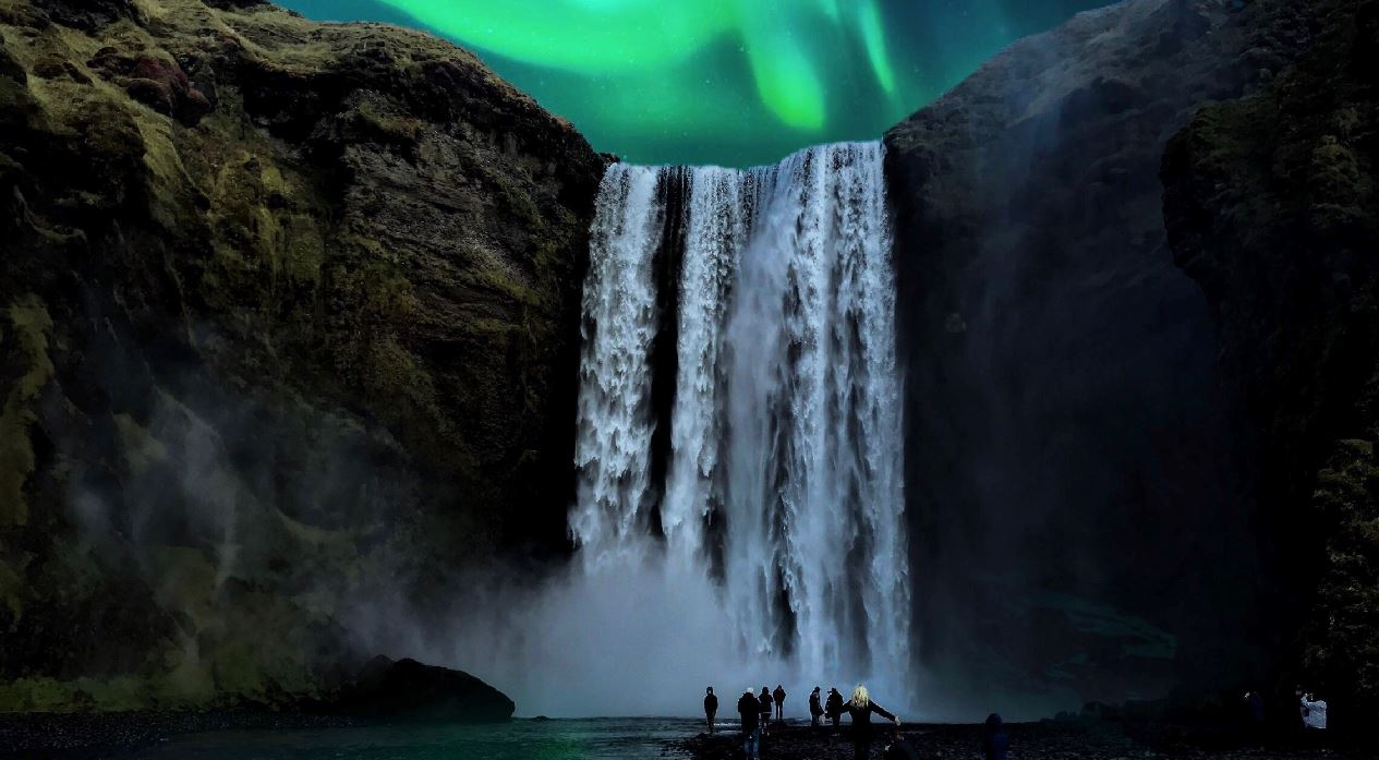 https://i2.wp.com/www.traveloffpath.com/wp-content/uploads/2020/05/Iceland-Reopening-To-International-Tourists-June-15.jpg