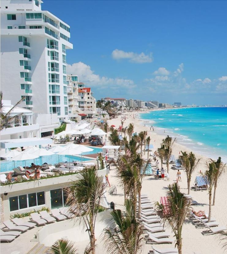 Ocean Front Hotel In Cancun