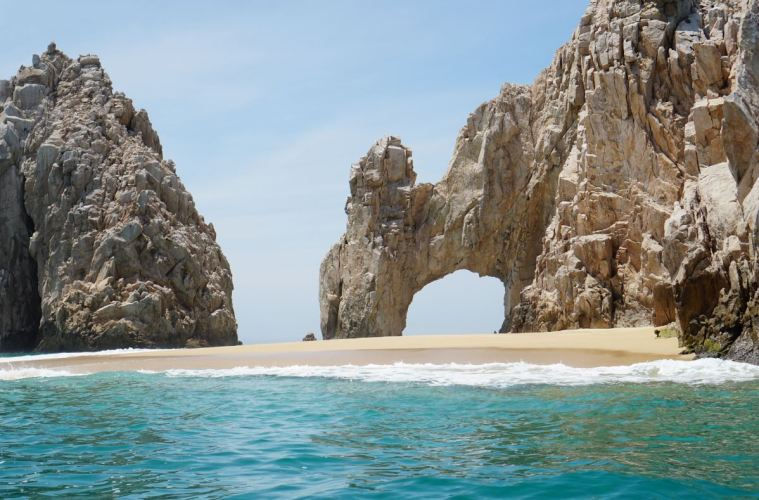 Los Cabos Offically Reopening For Tourism On June 15