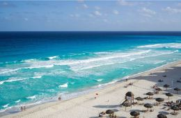 Cancun Will Fine Those Not Wearing Masks Up to $200