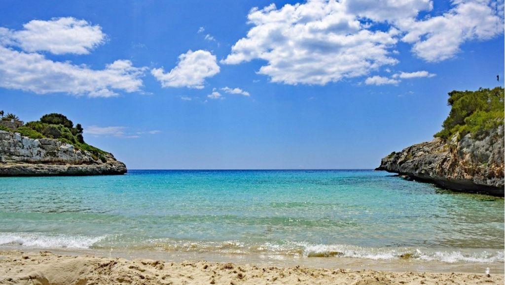 Anguilla beach with cliffs