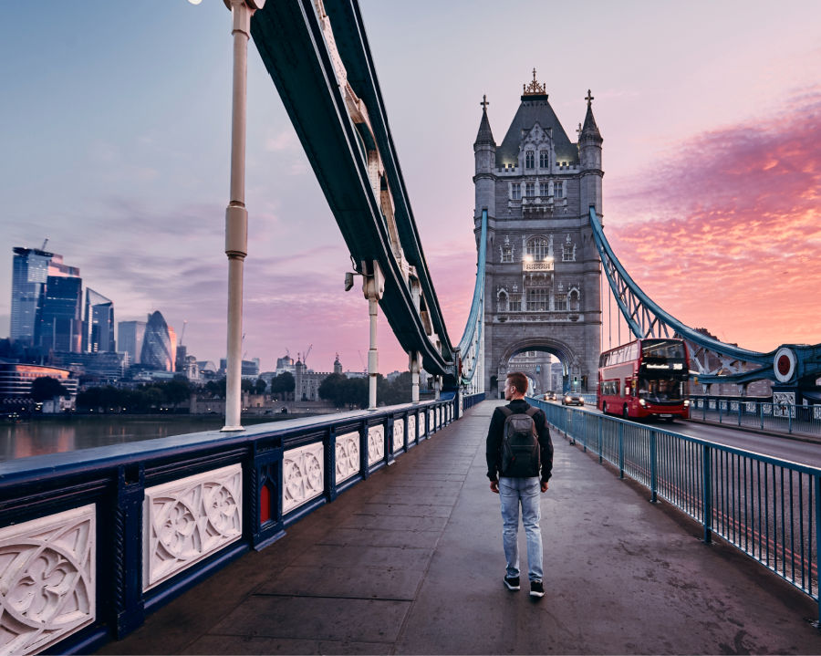 Bridge in london with tourist at sunrise
