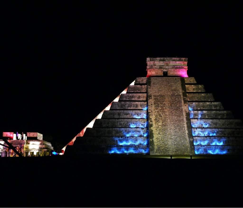 Chichen Itza Pyramid at night