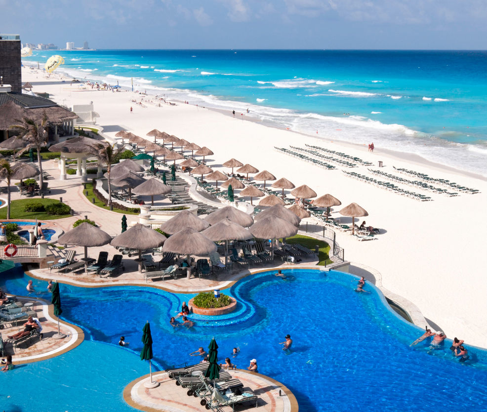 Tourist resort hotel overlooking the beach of Cancun