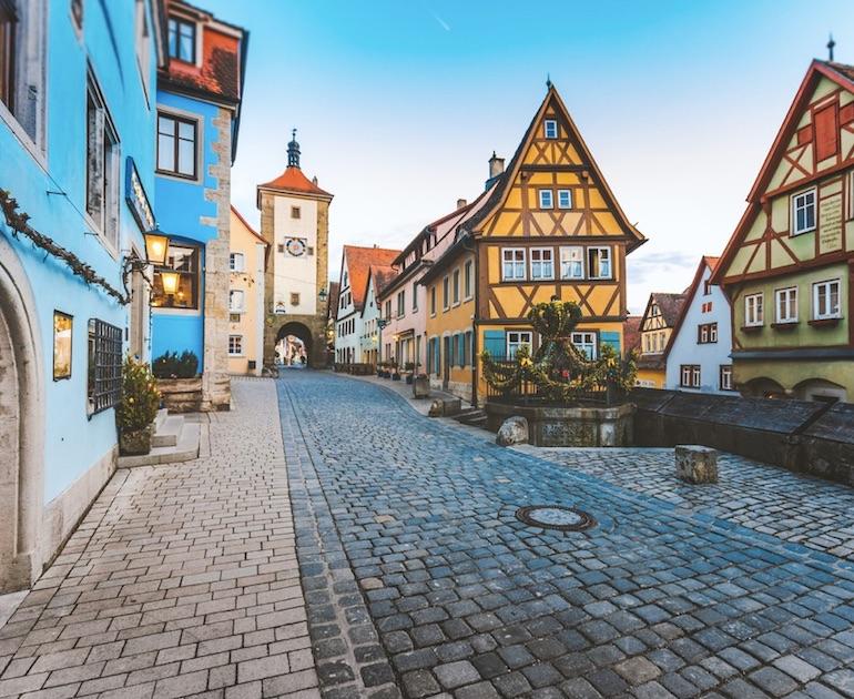 germany closes restaurants