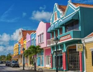 is bonaire open for tourism