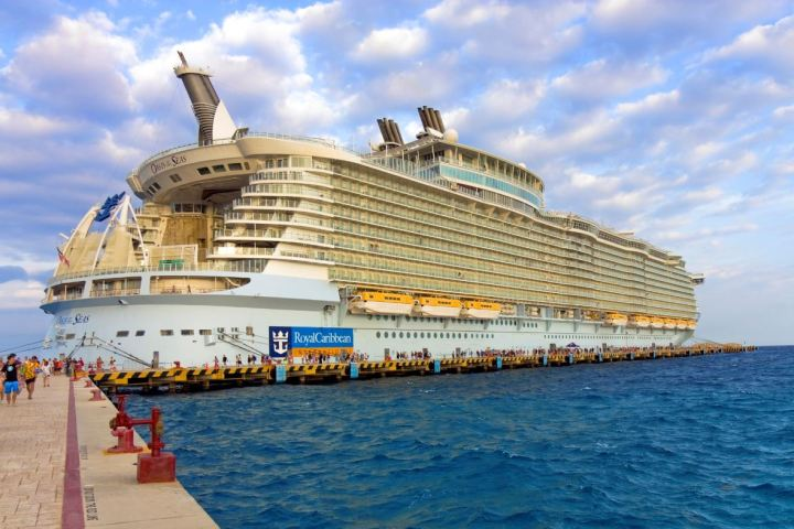 CDC Issues New 'Very Hisk Risk' Warning For Cruise Ships (2)