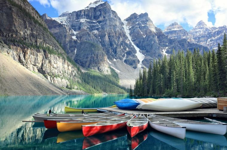 Canada COVID-19 Entry Requirements Travelers Need To Know