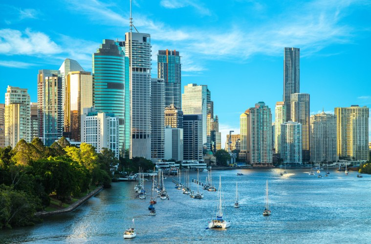 skyline of brisbane by the river